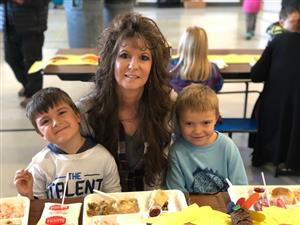 Grandparents' Lunch at Kettle Falls Elementary!